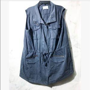 CASlON+ blue Utility Vest •